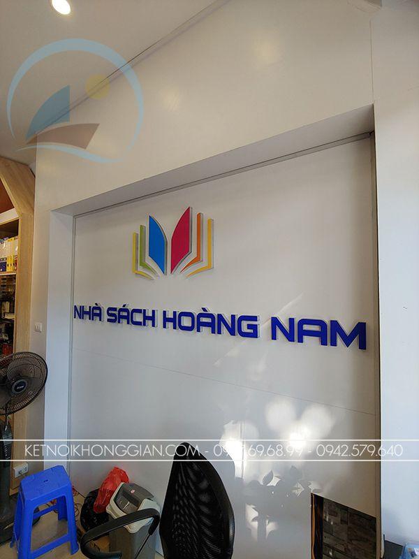 vách logo nhà sách