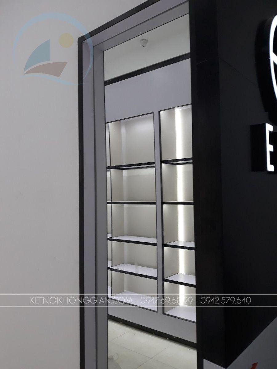 Lắp đặt nội thất cửa hàng