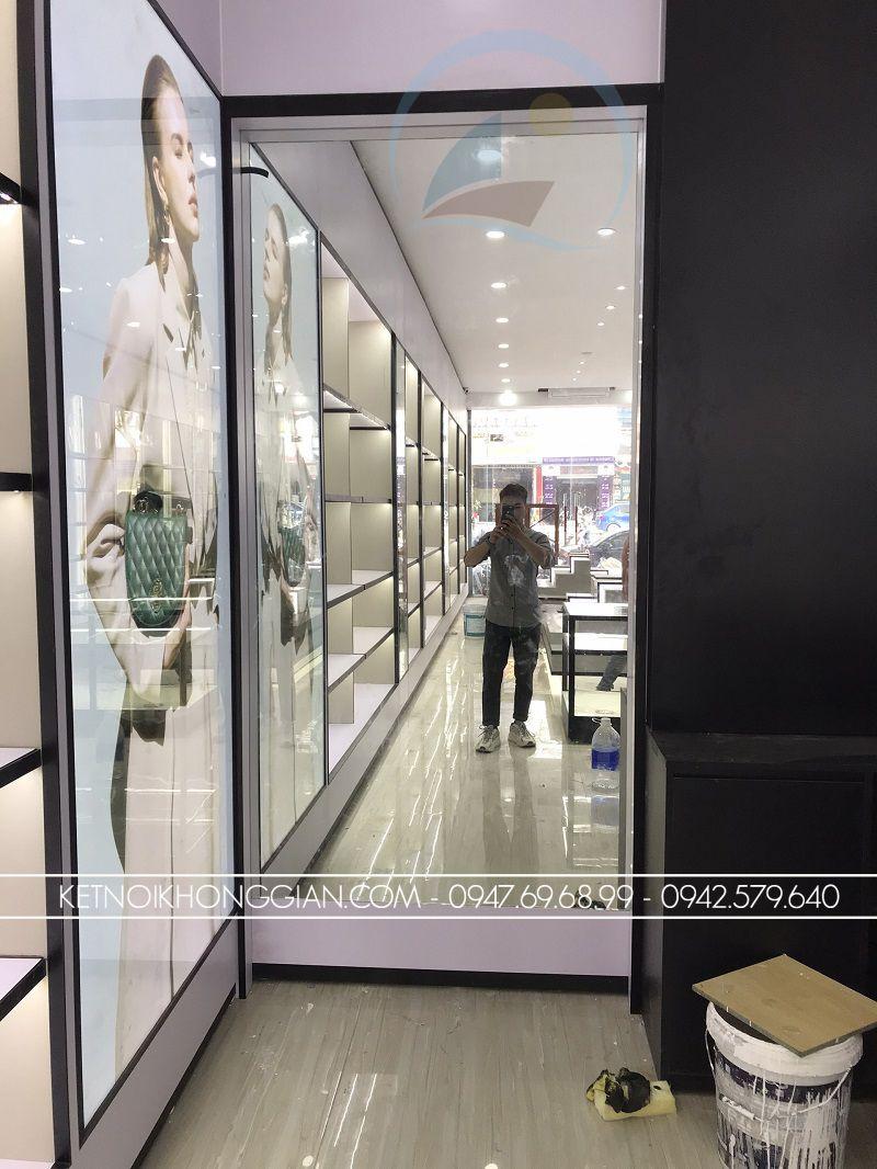 đóng nội thất cửa hàng