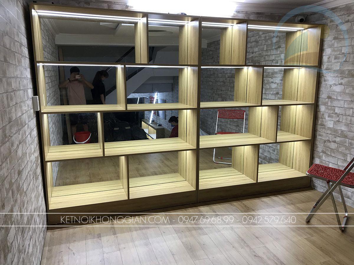 tủ trưng bày lắp gương