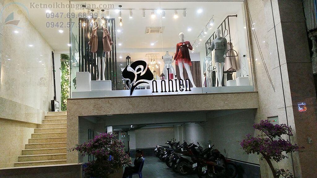 Thi công nội thất shop thời trang